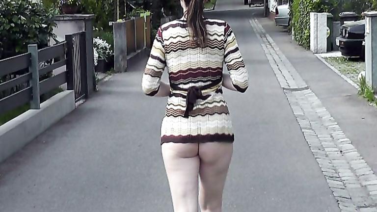 Girl naked ass in street
