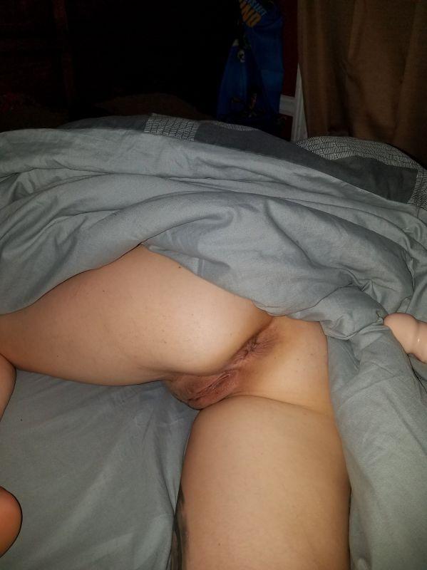Sleepy girl nude malfunction