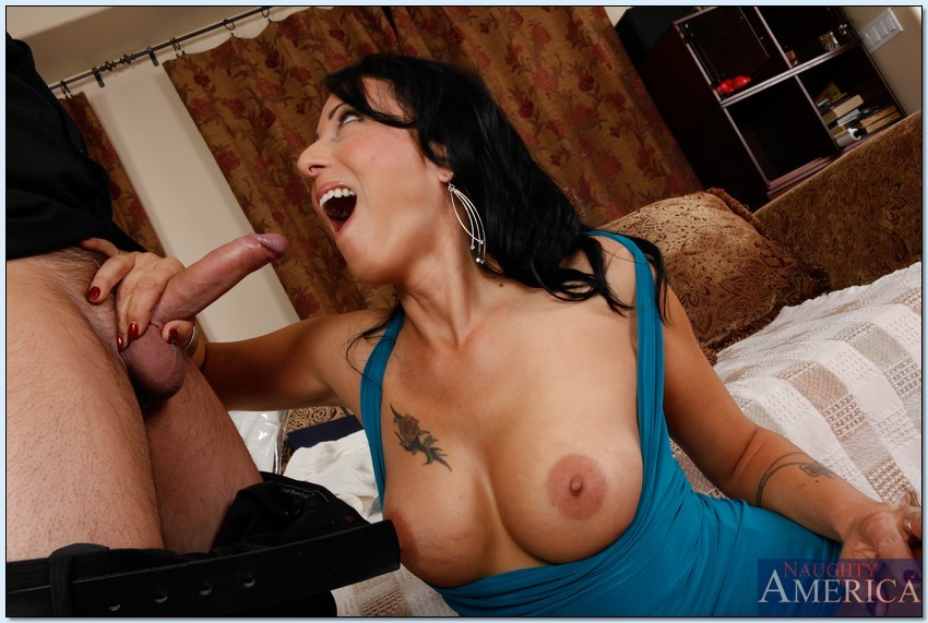 Zoey holloway seduced by a cougar