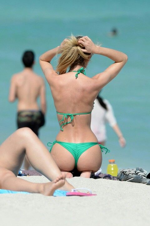 Candice swanepoel hot ass