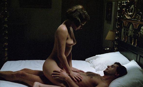 Kate beckinsale nude ass