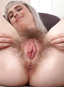 Fine woman with big pussy