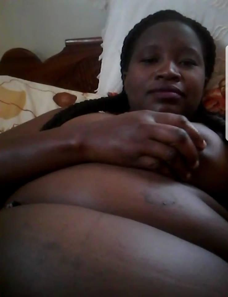 Nude sexy exposed sugar mummy
