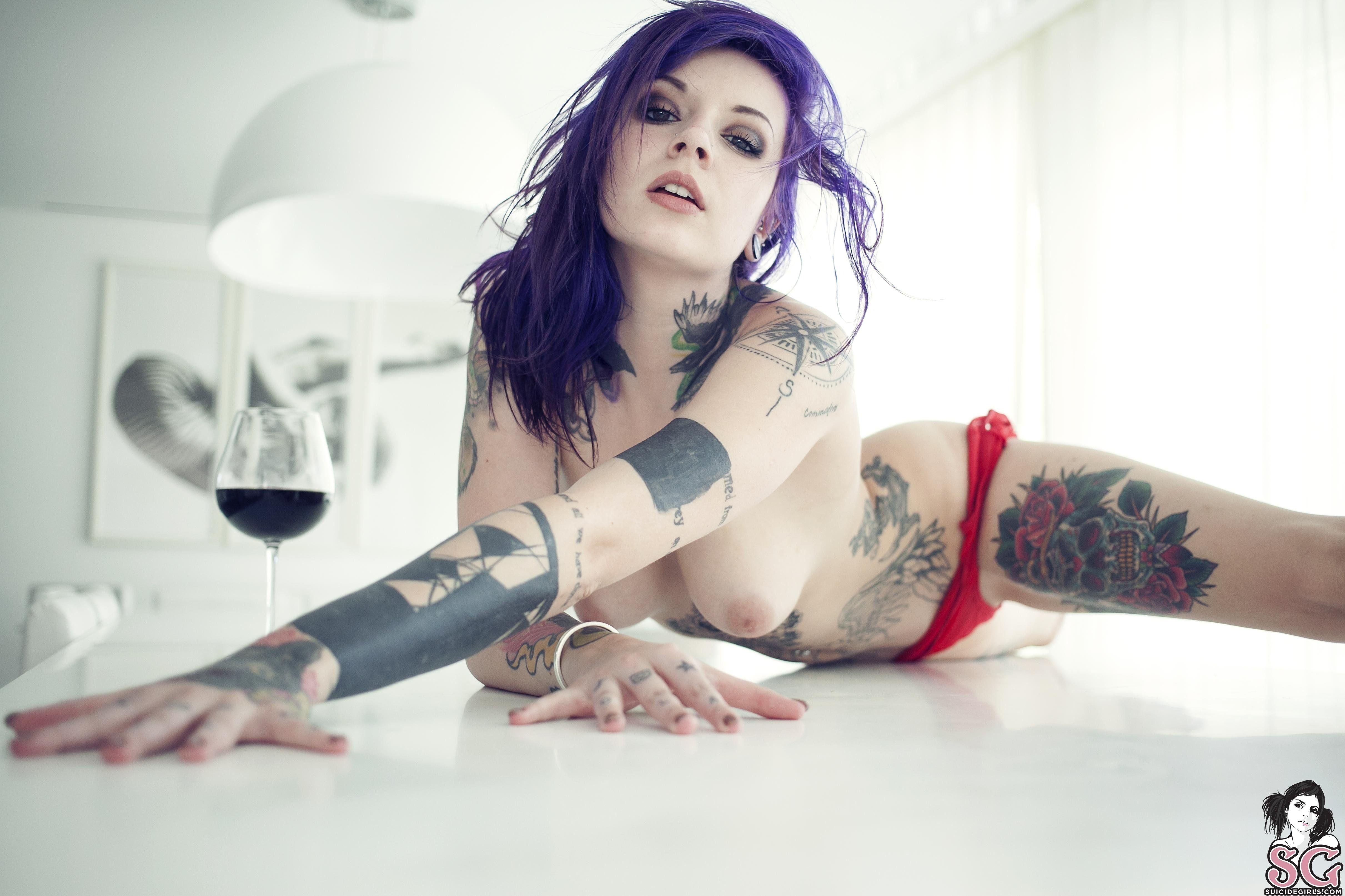 Hot naked tattoo girls fucking