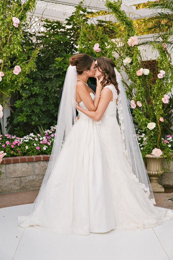 Bella mia lesbian brides