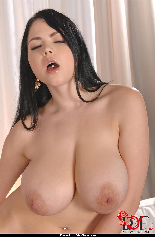 Big boobs shione cooper