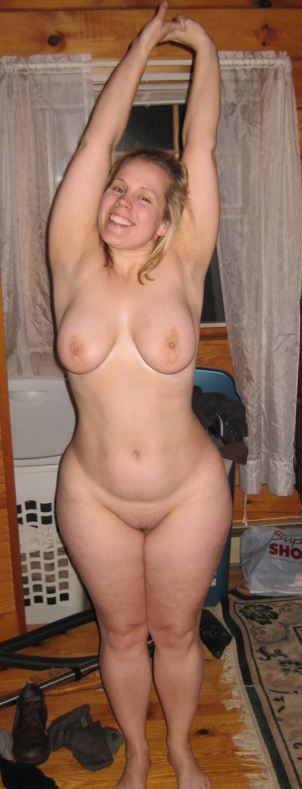 Big tits wide hips blonde selfie