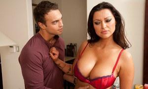 Vanessa polish big boobs