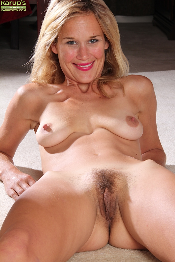 Hairy saggy pussy tits Hairy: 83,090