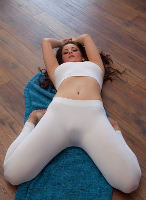 Pussy prints in yoga pants