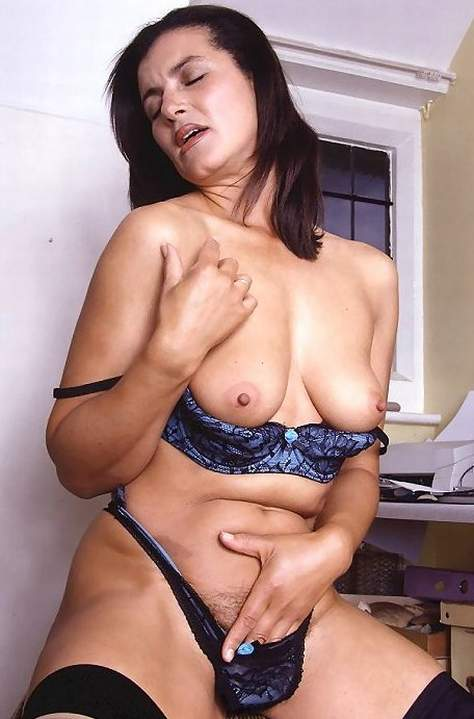 Lingerie Mature Italian Lady Porno