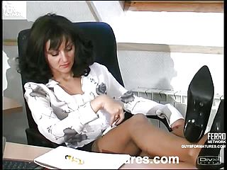 Mature lady fucked in the office