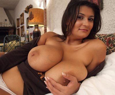 Italian woman with big boobs
