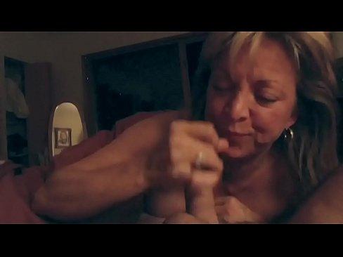 Amateur blowjob cum in mouth