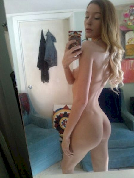 Nude amateurs self pics naked sexting selfshots