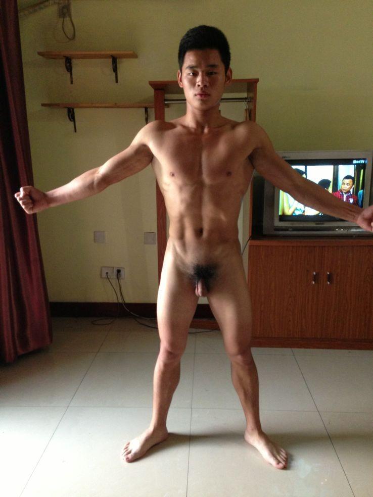 Chinese man gymnast naked