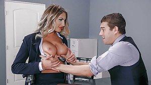 Nice tits xxx video online