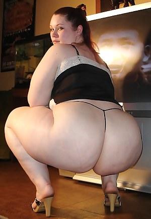 Chubby pornstar upskirt spreading pussy