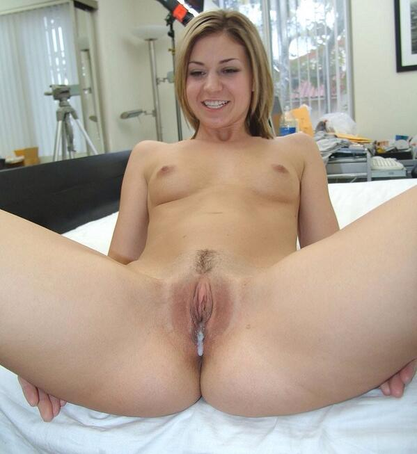 Naked girls cum and pussy