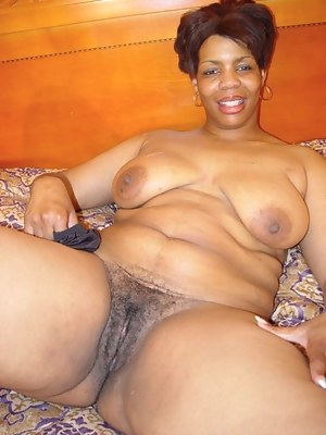 African mature pussy mom