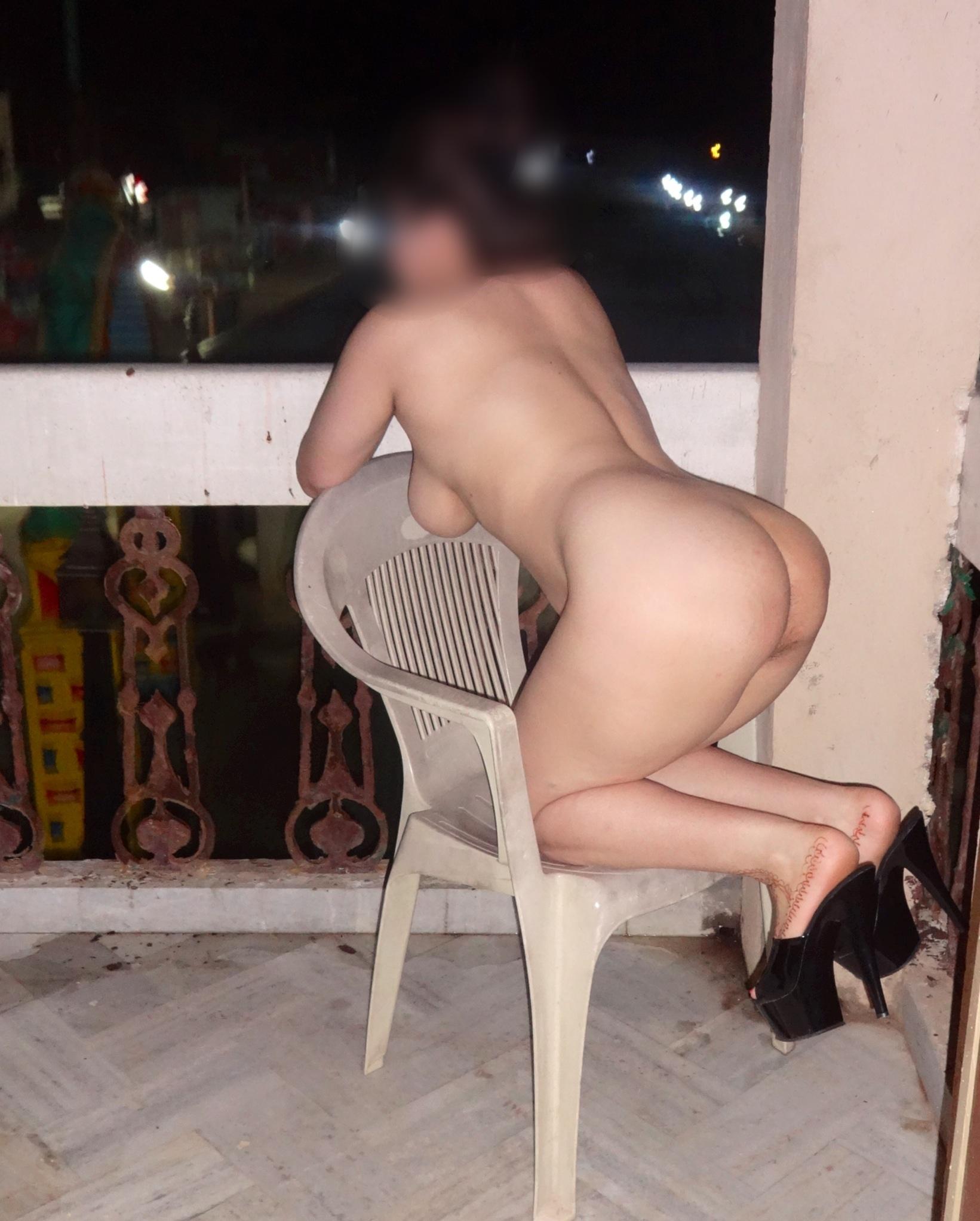 Rina aunty nude pics