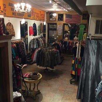Philadelphia vintage clothing stores