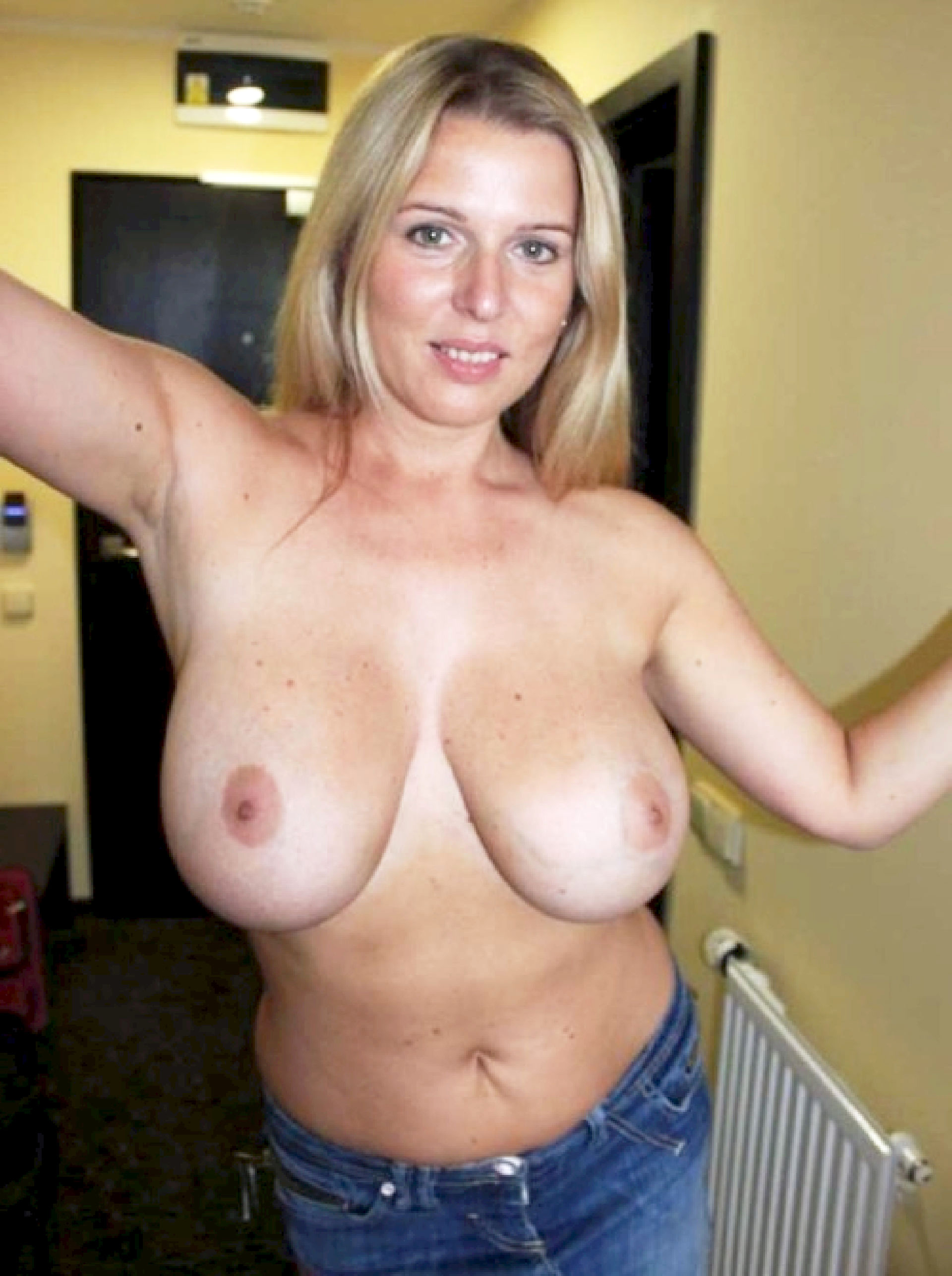 Mature with big natural boobs