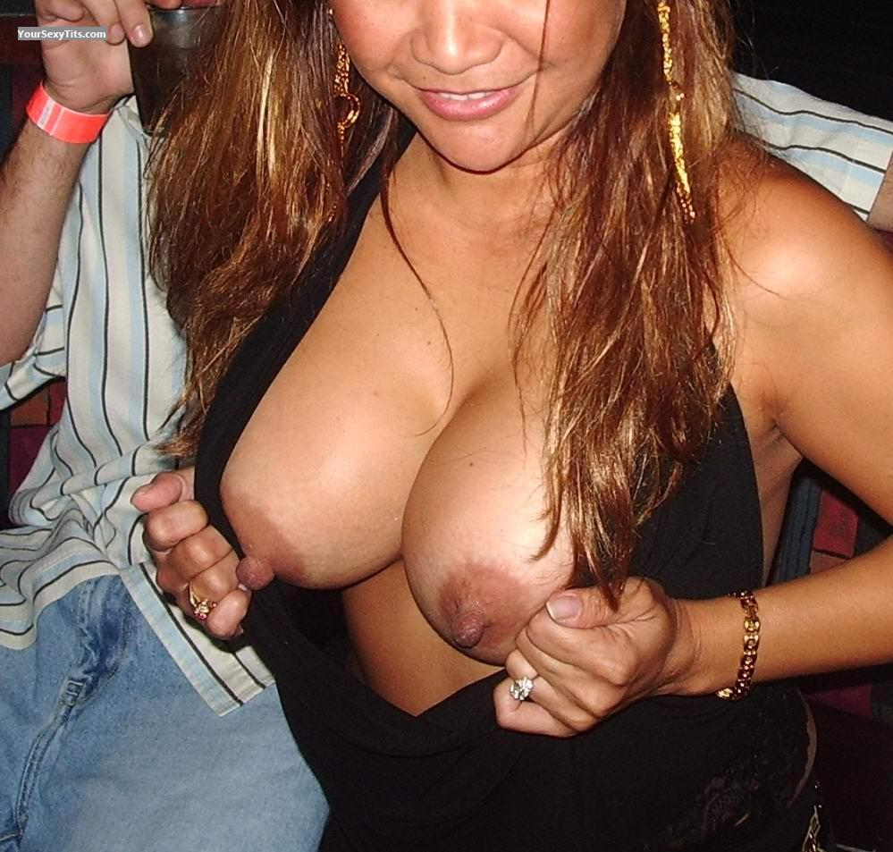 Flashing tits boobs flash