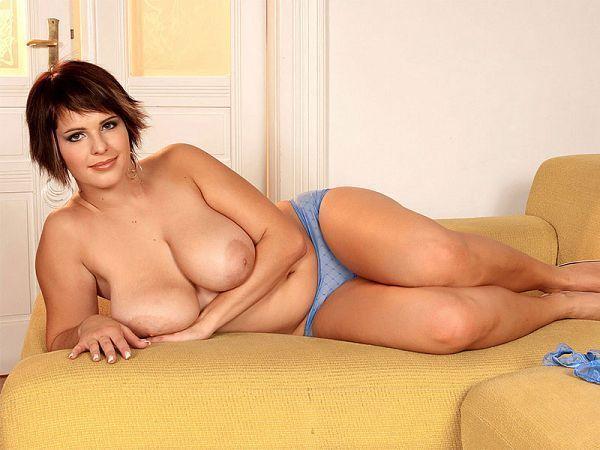 Igbo naked boob nude