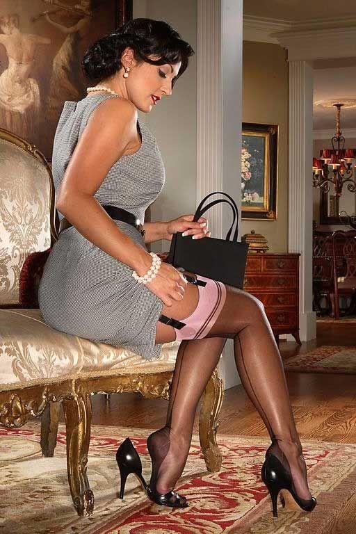 Mature nylon stocking tease