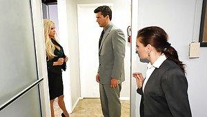 Aniston jennifer lawrence nip slip