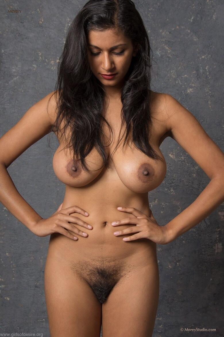 High resolution nude mclt