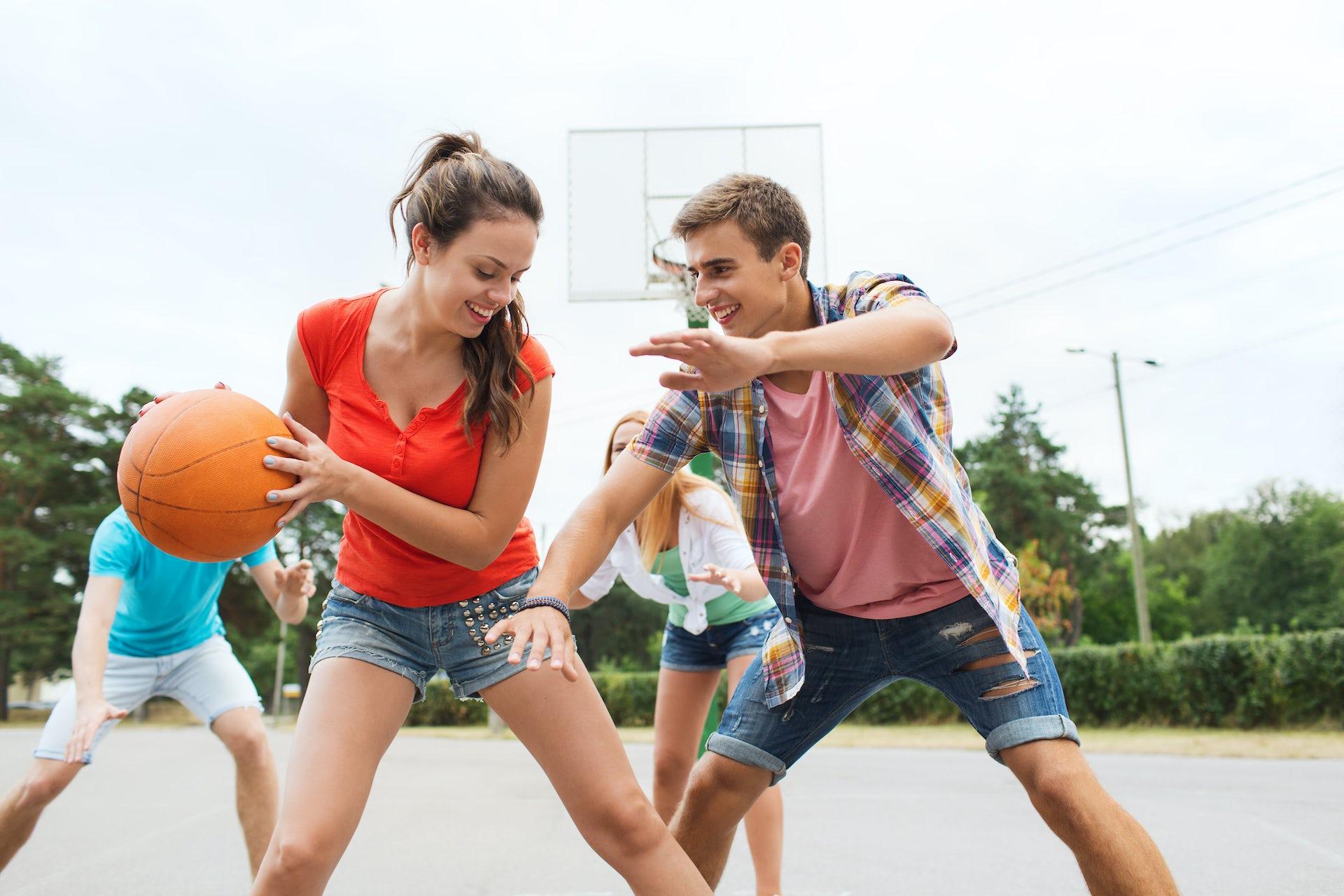 Teens getting it on