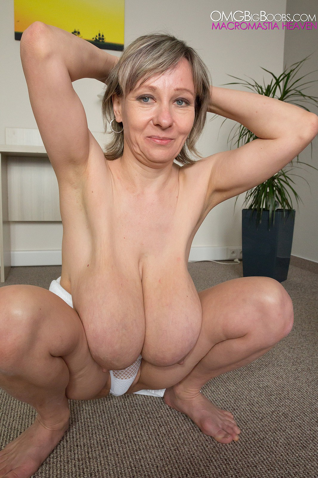Mature woman with big boobs