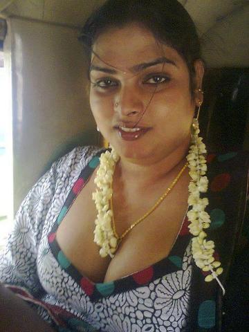 Chennai tamil aunty boobs