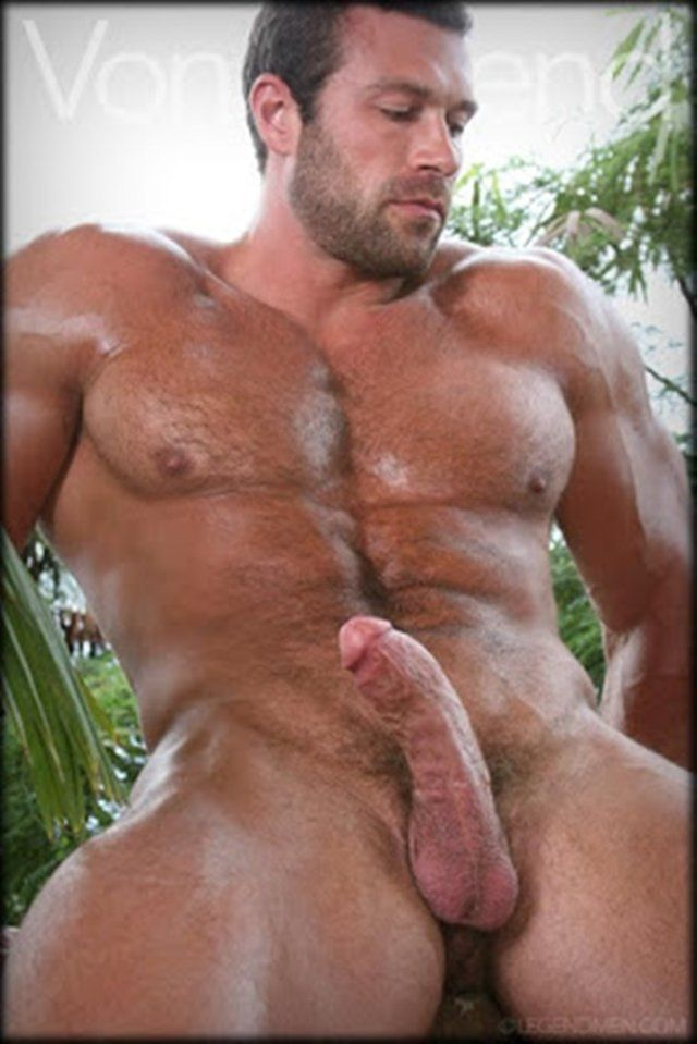 Nude muscle hairy men