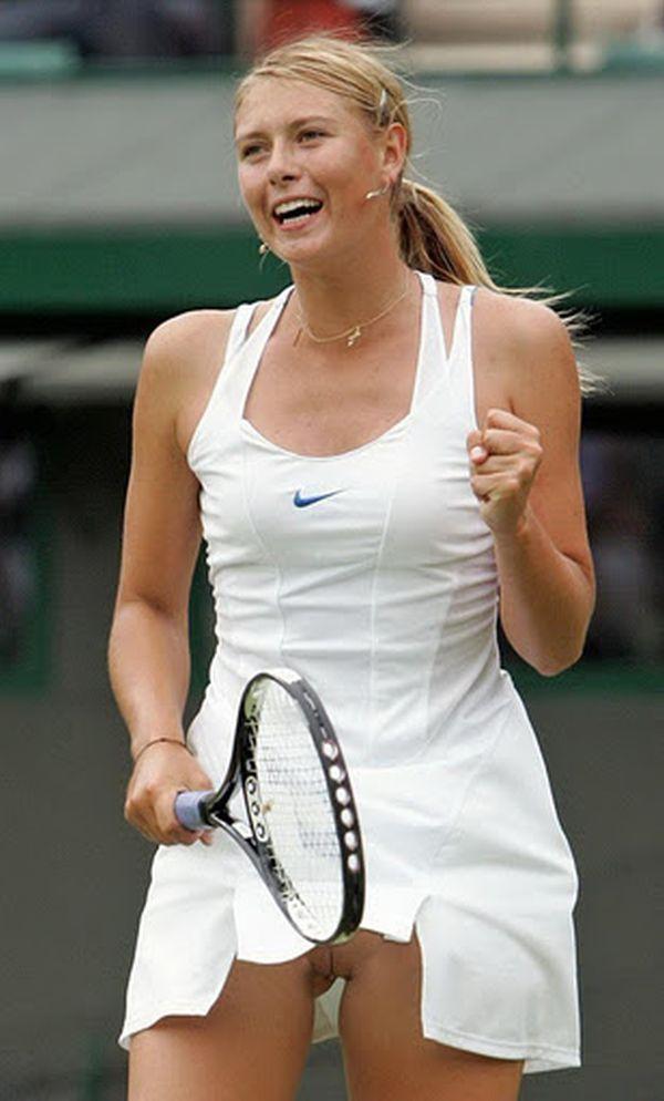 Tenniswoman nue
