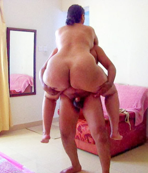 Desi huge gaand bhabhi nude xxx
