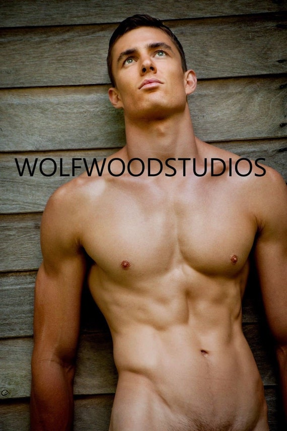 Shirtless boys r hot