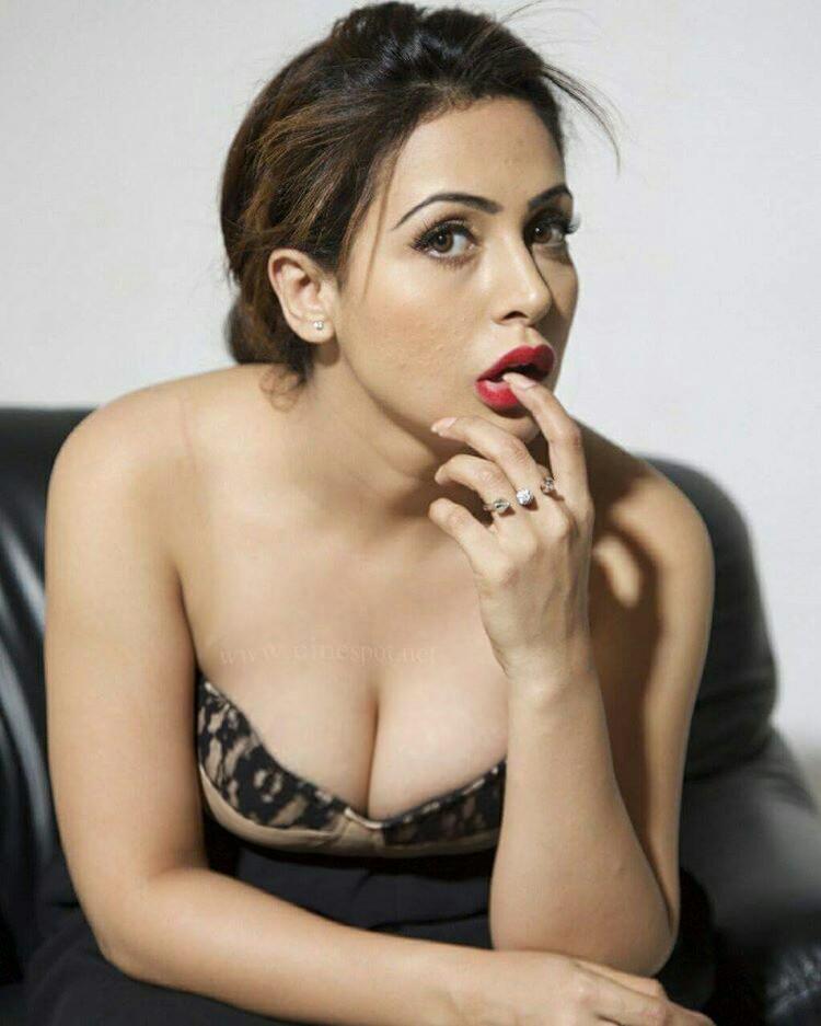 Boob pic of indian actress