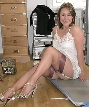 Old mature wife nude spread