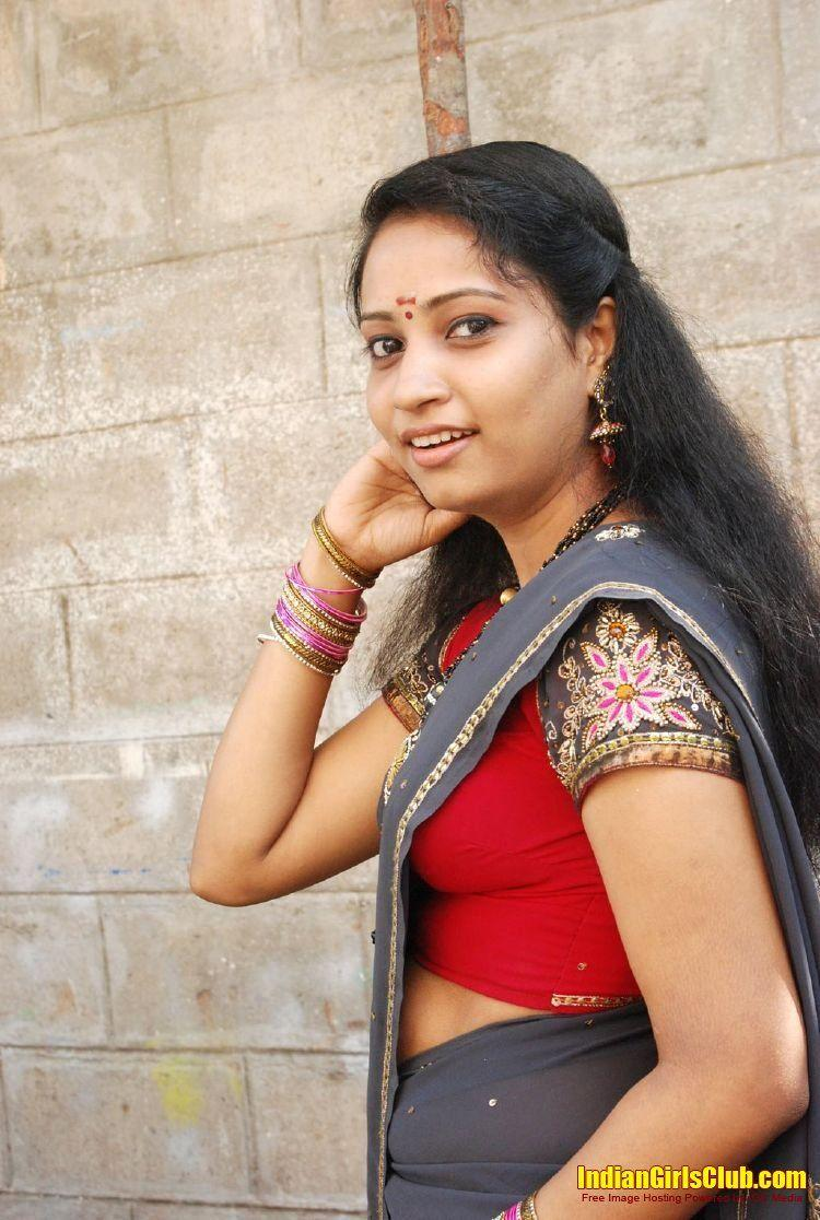Indian girls in saree nude image gallery