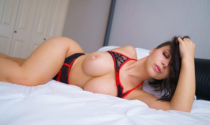 Amateur solo porn star