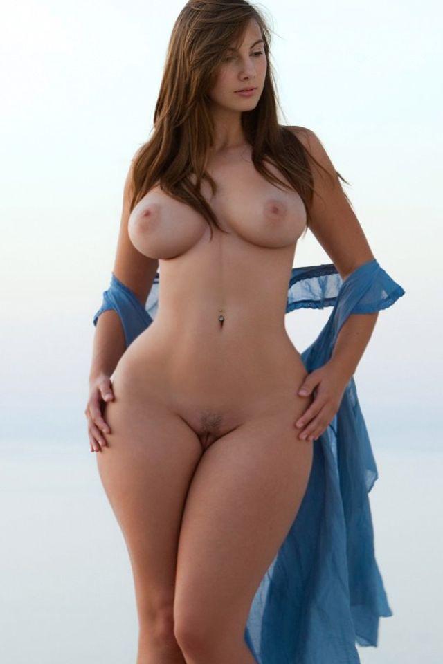 Hot figure full nude