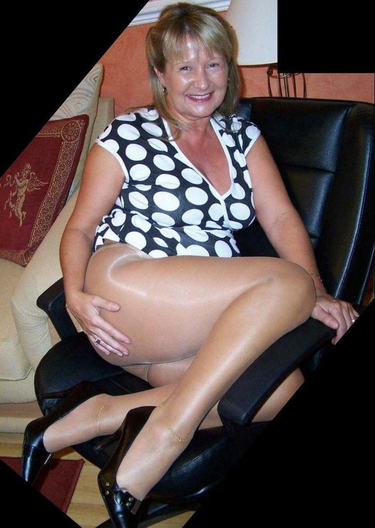 Real mature women legs