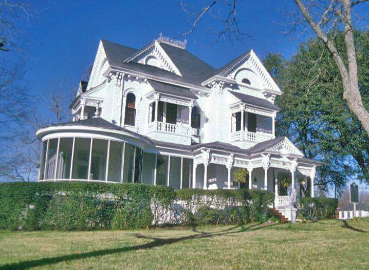 Vintage houses for sale in texas