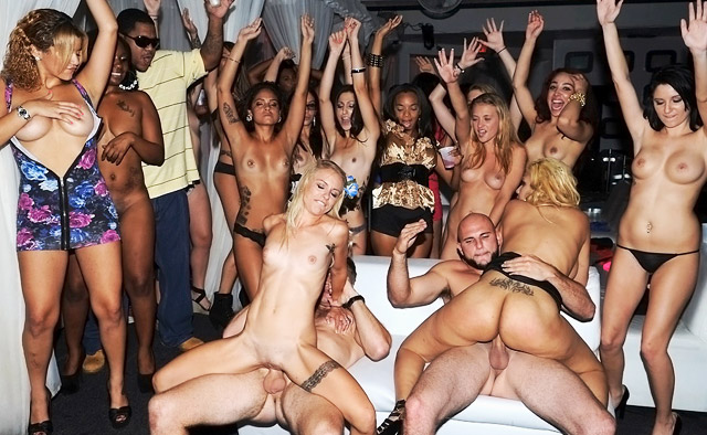 Wild college sex party orgy