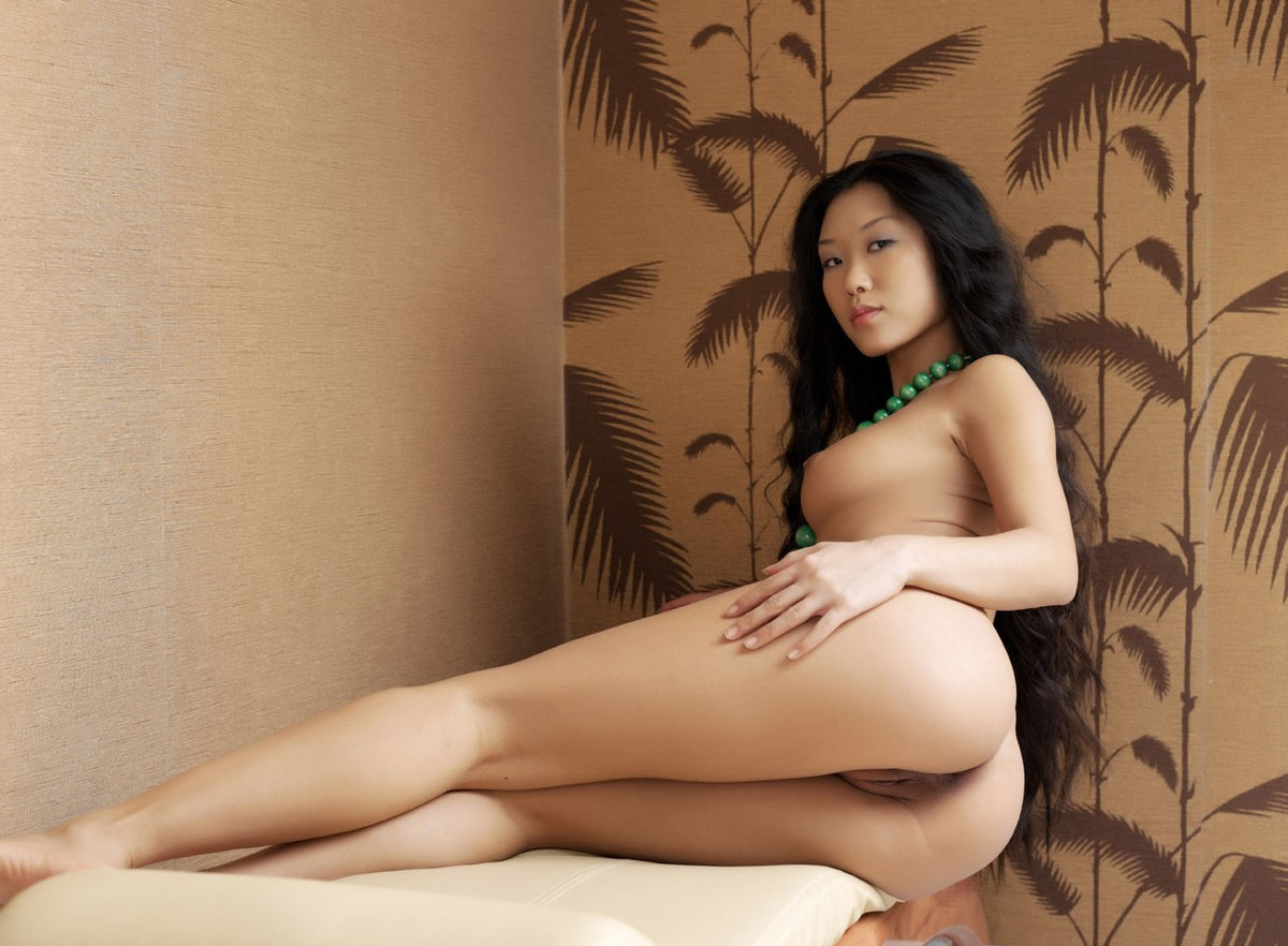 Naked asian women with nice pussys