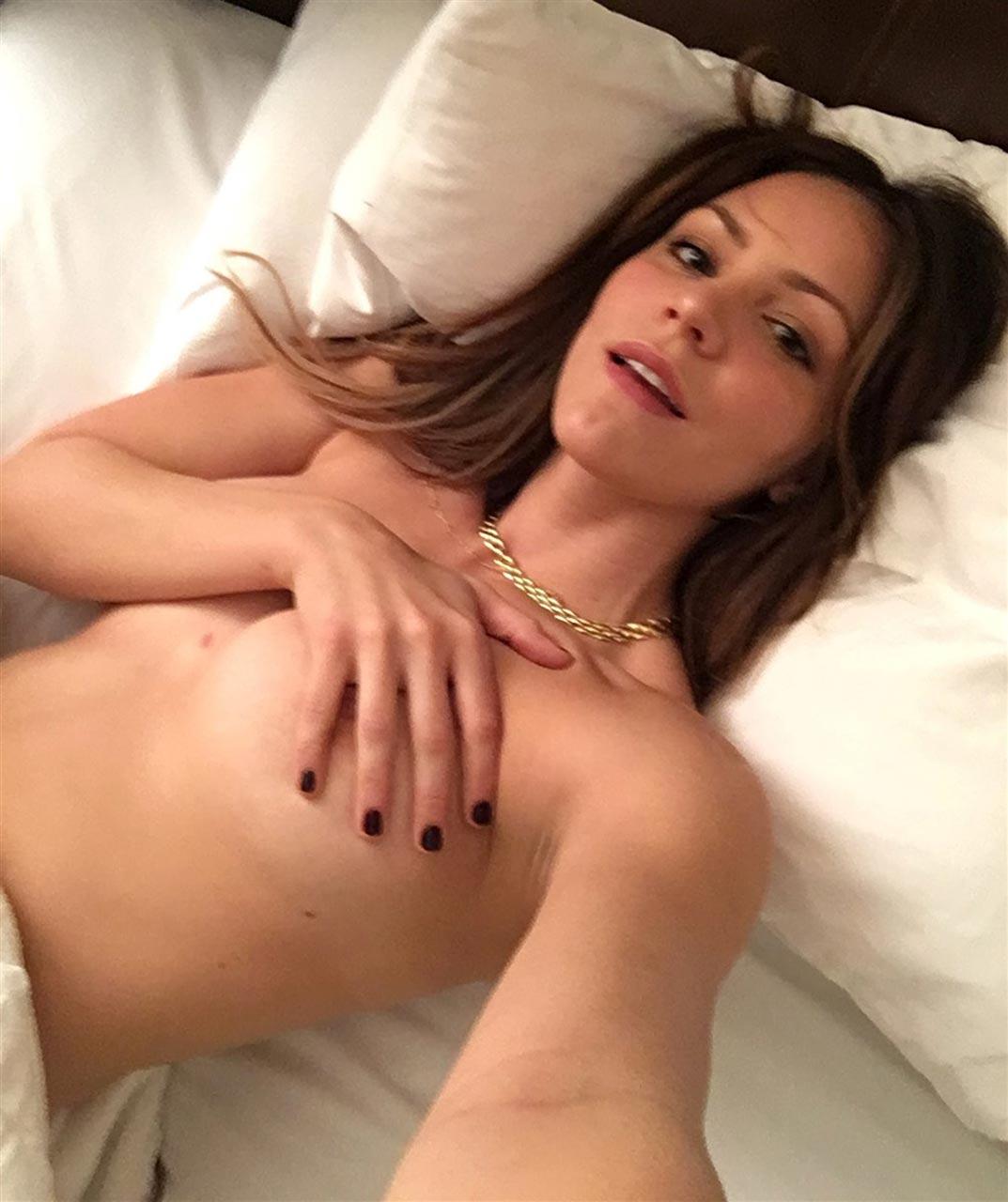 Hot sexy nude pics of katharine mcphee