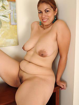 Latina milf sex pics